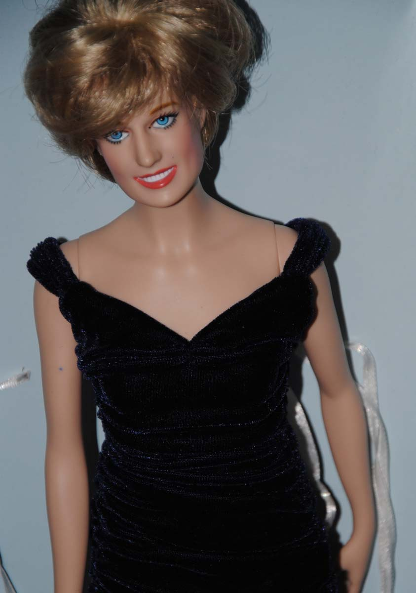 "16"" Franklin Mint Princess Diana Vinyl Doll"