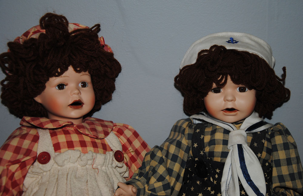 Betsys Tea Time Raggedy Ann and Andy Porcelain Dolls 1