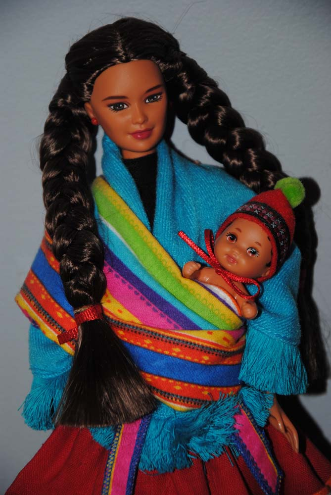 sm Peruvian Barbie 1998 1