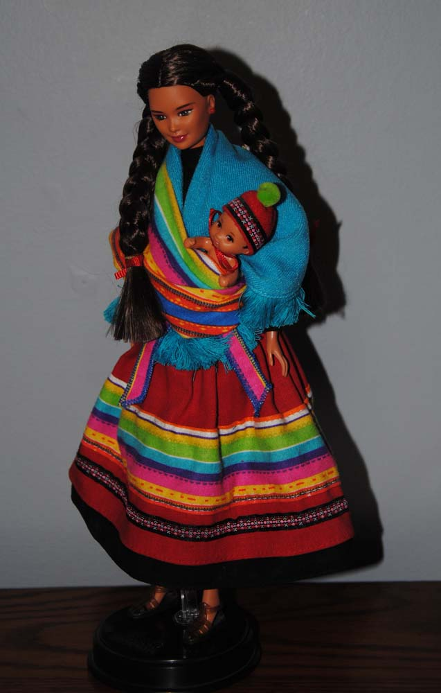 sm Peruvian Barbie 1998 2