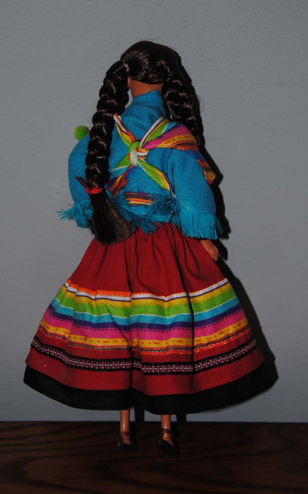 sm Peruvian Barbie 1998 5