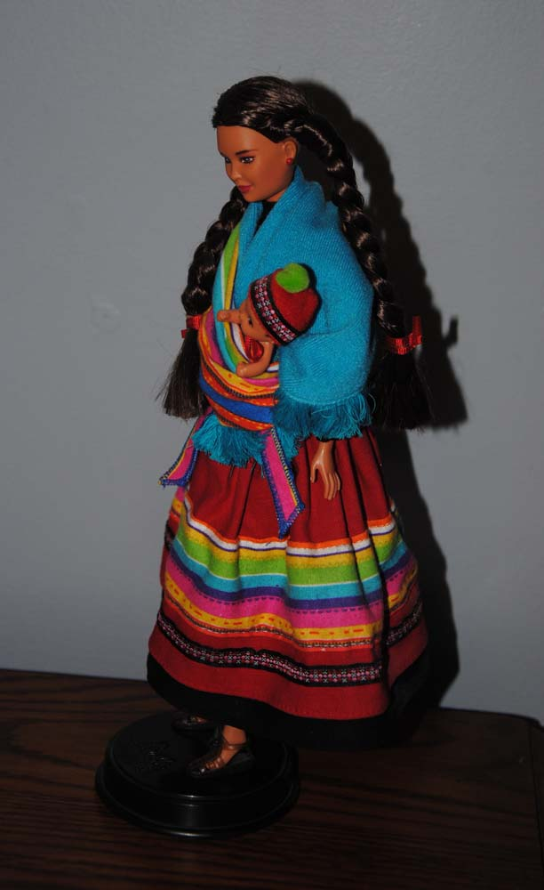 sm Peruvian Barbie 1998 7