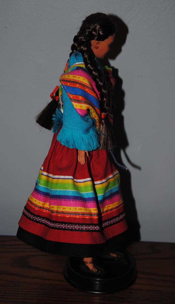sm Peruvian Barbie 1998 8