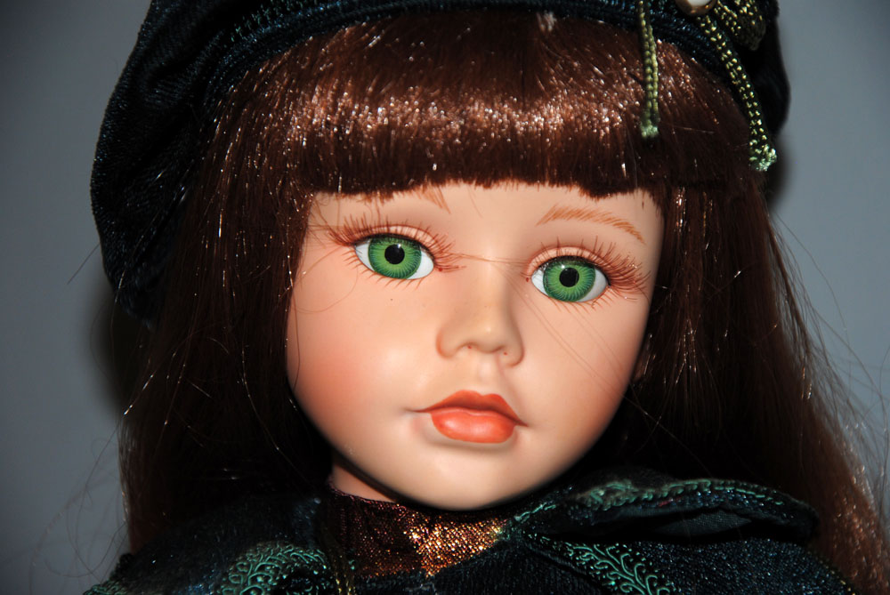 sm Porcelain Green Eye Beauty 1