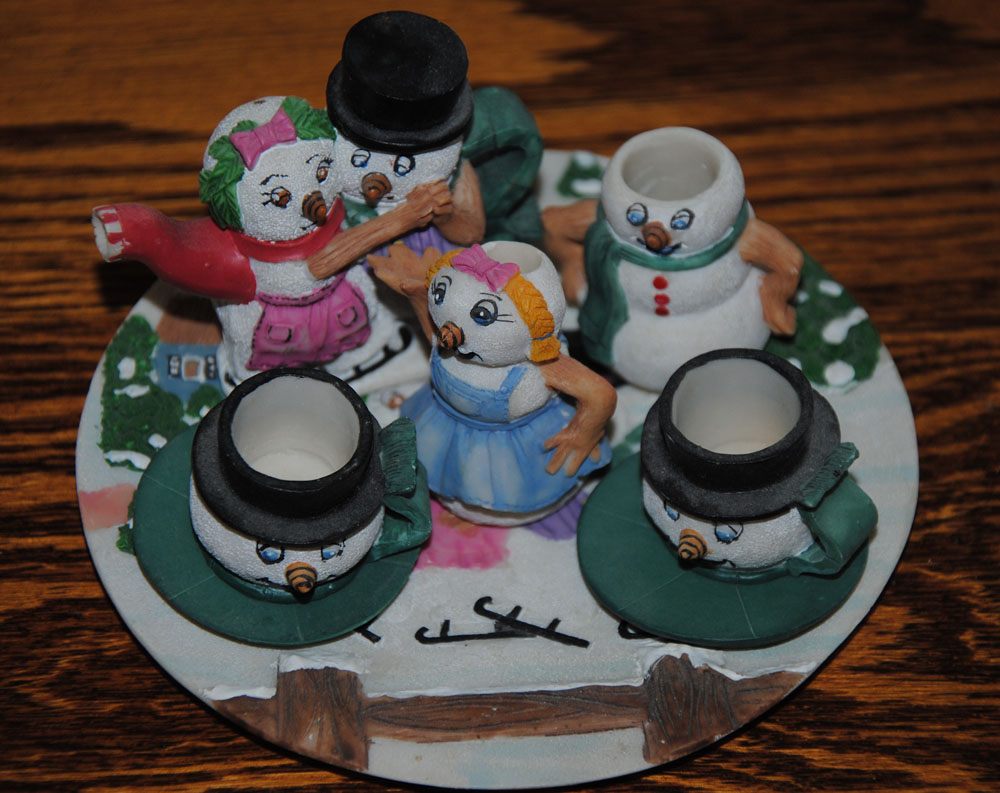 sm Tea Set Snowpeople 1