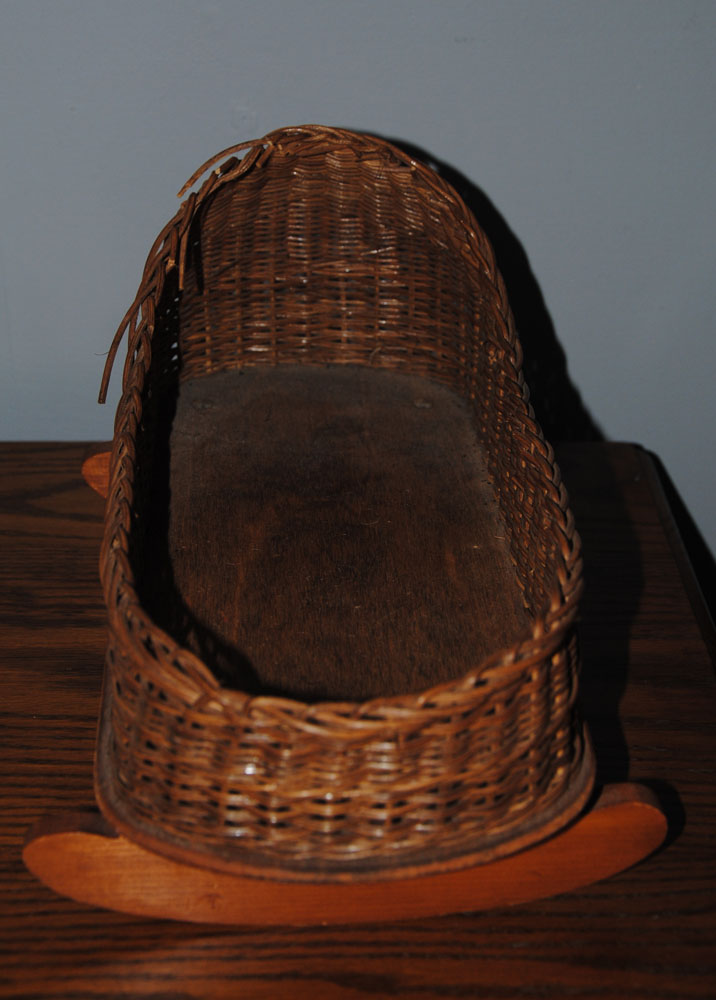 sm wicker doll cradle 1